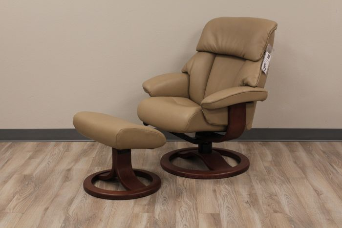 Fjords Alfa 520 Recliner with Ottoman