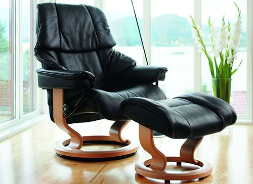 Ekornes Stressless Reno Recliner With Ottoman Profile View
