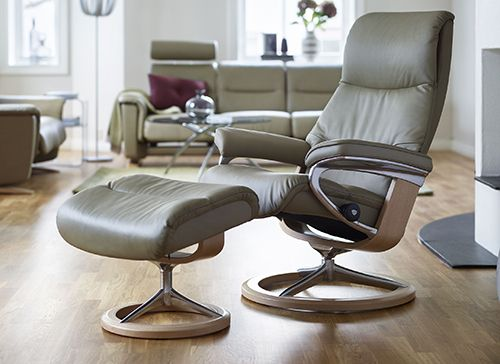 Stressless View Recliner With Ottoman By Ekornes